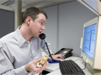 Multitasking isnt good for your digestion
